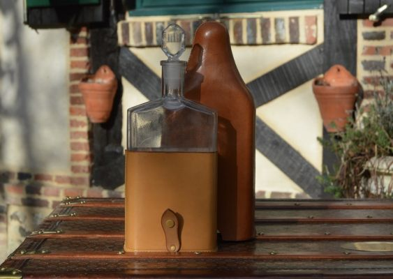 Etui bouteille en cuir